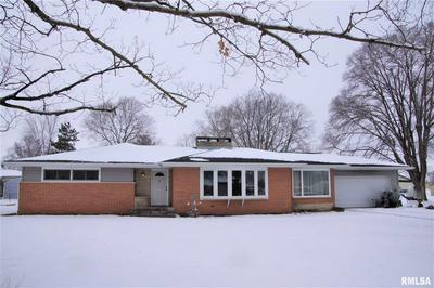 727 N TOWN AVE, Princeville, IL 61559 - Photo 2