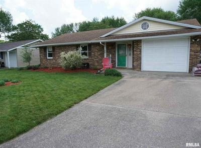839 W MCDONOUGH ST, Macomb, IL 61455 - Photo 1