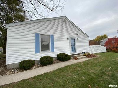 15 RICHMOND RD, Macomb, IL 61455 - Photo 2