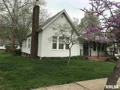 604 S JOHNSON ST, Macomb, IL 61455 - Photo 1
