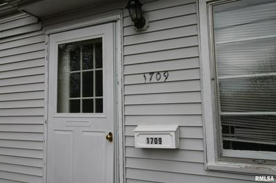 1709 N GRAND AVE W, Springfield, IL 62702 - Photo 2