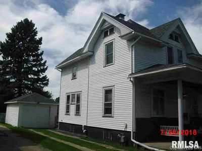 564 E 2ND ST, Galesburg, IL 61401 - Photo 2