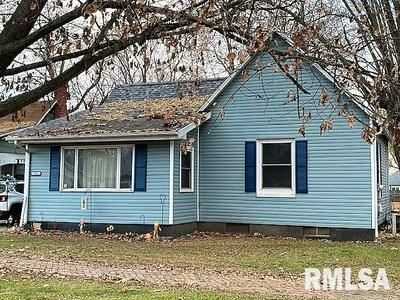 898 E PINE ST, Canton, IL 61520 - Photo 2