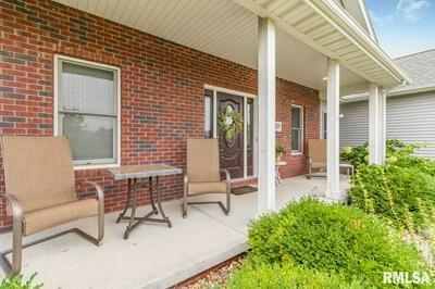 1028 GREENBRIER LN, Washington, IL 61571 - Photo 2