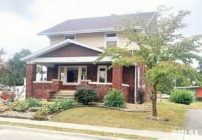 700 W ADAMS ST, Taylorville, IL 62568 - Photo 1