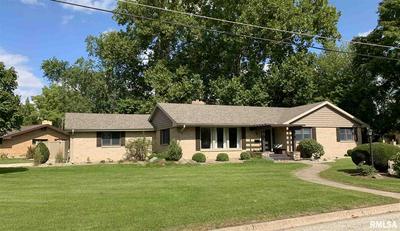 101 W EDGEWOOD ST, Morton, IL 61550 - Photo 1