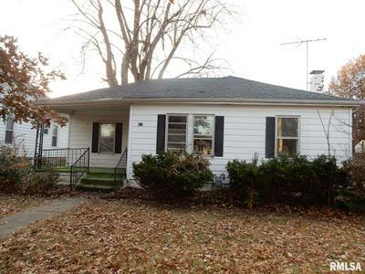 915 N MONTGOMERY AVE, LITCHFIELD, IL 62056 - Photo 1