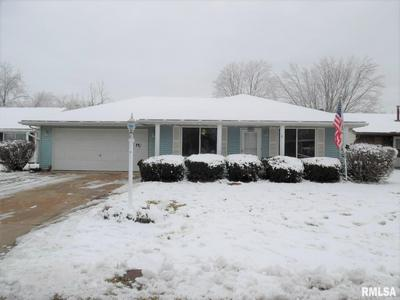 108 KICKAPOO DR, East Peoria, IL 61611 - Photo 2