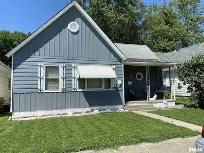1027 N 15TH ST, Springfield, IL 62702 - Photo 2