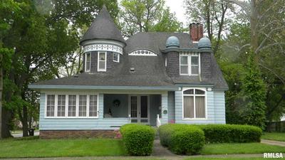 401 W BEECHER AVE, Jacksonville, IL 62650 - Photo 1