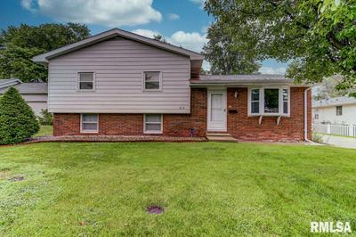 212 N 10TH ST, Riverton, IL 62561 - Photo 1