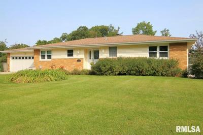 35 LYNNWOOD CT, Morton, IL 61550 - Photo 1