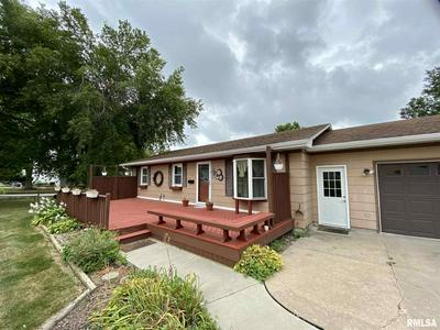 1102 NW 2ND ST, Aledo, IL 61231 - Photo 2