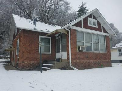202 JOHNSON ST, East Peoria, IL 61611 - Photo 1