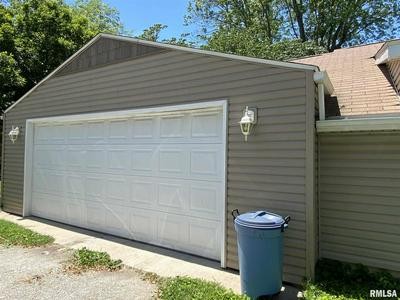 2017 EDITH ST, Murphysboro, IL 62966 - Photo 2