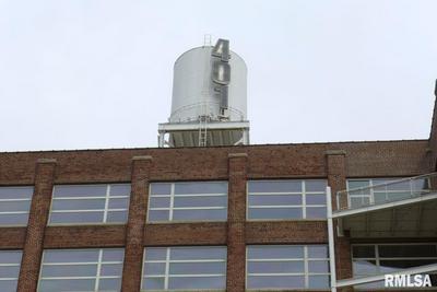 401 SW WATER ST UNIT 410, Peoria, IL 61602 - Photo 2