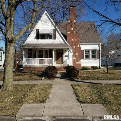 415 N 3RD AVE, CANTON, IL 61520 - Photo 2