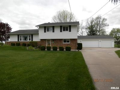 650 KENWICK DR, Galesburg, IL 61401 - Photo 2