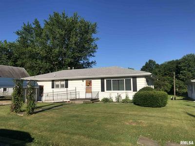 515 N ELIZABETH ST, Colchester, IL 62326 - Photo 1