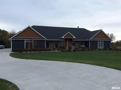 132 220TH AVE, Monmouth, IL 61462 - Photo 2