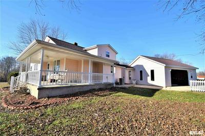 7908 E MATTHEW RD, Dix, IL 62830 - Photo 2