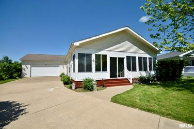 6 TOSHA CT, Pekin, IL 61554 - Photo 1