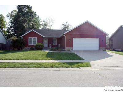 1106 DINA DR, RIVERTON, IL 62561 - Photo 1