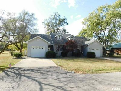 915 RODDY RD, Salem, IL 62881 - Photo 1