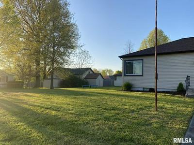 807 E MAIN ST, Steeleville, IL 62288 - Photo 2