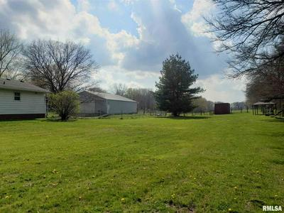24101 N HIGH ST, Colona, IL 61241 - Photo 2
