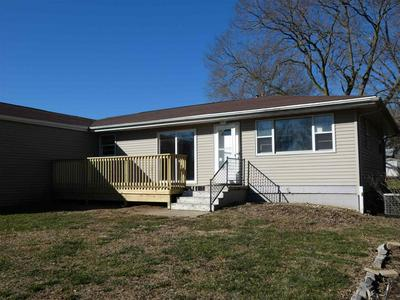 14433 N EDGEWATER DR, Chillicothe, IL 61523 - Photo 2