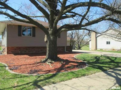 1833 VALENCIA PL, PEKIN, IL 61554 - Photo 2