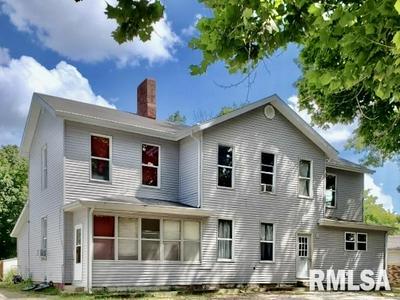201 N ROSE ST, Elmwood, IL 61529 - Photo 1