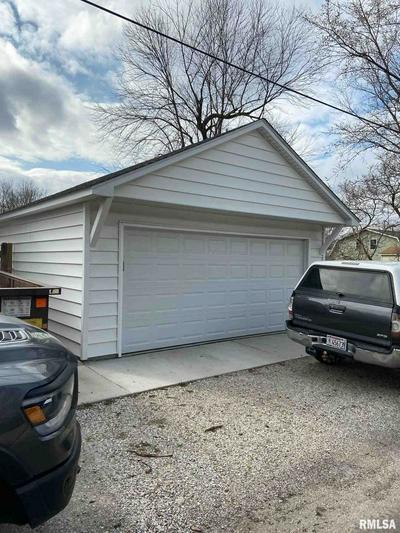 429 E MAIN ST, Rochester, IL 62563 - Photo 2