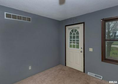 22328 BARSTOW RD, East Moline, IL 61244 - Photo 2