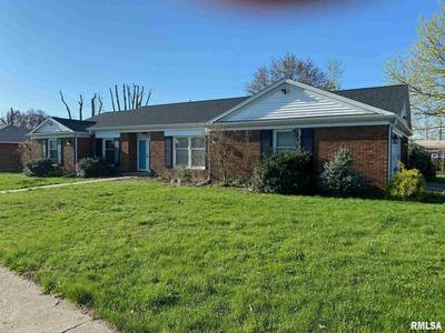 610 KENTON BLVD, Taylorville, IL 62568 - Photo 1