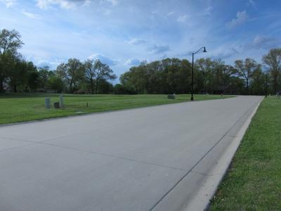 204 WASHINGTON PL, Riverton, IL 62561 - Photo 2