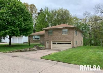 2621 5TH STREET CT, East Moline, IL 61244 - Photo 1