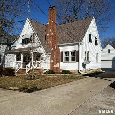 415 N 3RD AVE, CANTON, IL 61520 - Photo 1