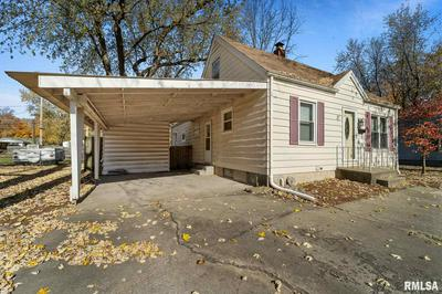 2119 PICKETT ST, Springfield, IL 62703 - Photo 2
