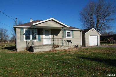509 W FULTON ST, FARMINGTON, IL 61531 - Photo 1