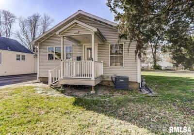 2923 S 14TH ST, Springfield, IL 62703 - Photo 2