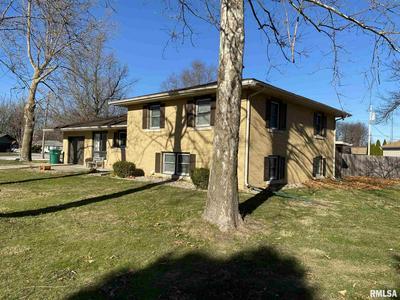 416 E JEFFERSON ST, Auburn, IL 62615 - Photo 2