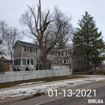3105 N BIGELOW ST, Peoria, IL 61604 - Photo 1