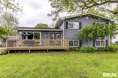 1732 E WALNUT ST, Chatham, IL 62629 - Photo 1