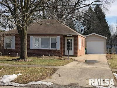1453 BEECHER AVE, GALESBURG, IL 61401 - Photo 1