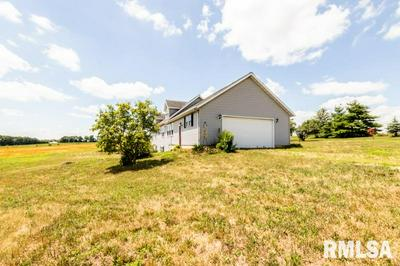 2000 LINCOLN ST, Henry, IL 61537 - Photo 2