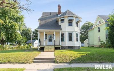 117 S PINE ST, Davenport, IA 52802 - Photo 1