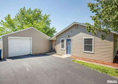 124 W 3RD ST, Coal Valley, IL 61240 - Photo 2