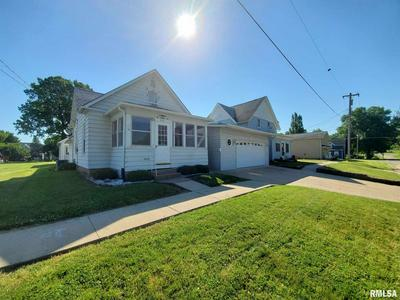 205 2ND AVE S, Albany, IL 61230 - Photo 2